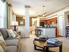Large Living Spaces (818 sq ft)