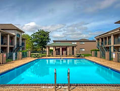 Sparkling Pool at Gardenview Apartments in Pasadena, TX