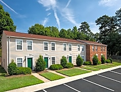 Make Woodbriar your new home.