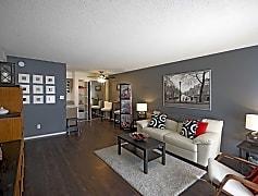 1x1L Renovated Apartment