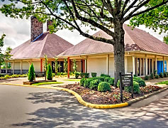 Exterior View at the Overbrook Apartments in North Little Rock, AR