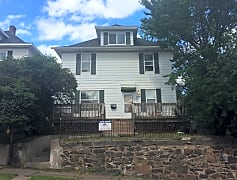 428 N 23rd Ave W