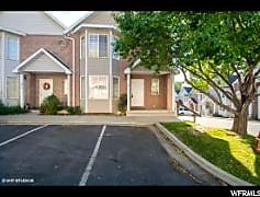 1557044_front of house.jpg