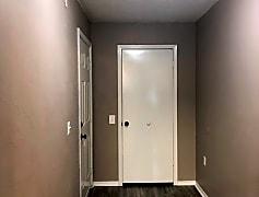 1216sqft 2X2 - Deluxe - Entryway