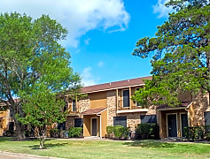 Wood Trail Apartments, Bryan, Texas