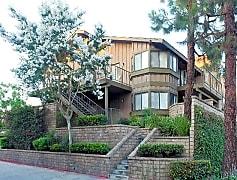 Riverside, CA Boulder Creek Apartments exterior