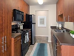 Upgraded Apartment - Kitchen