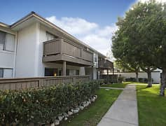 Stoneridge - 1540 West Eight St. | Upland, CA Apartments ...