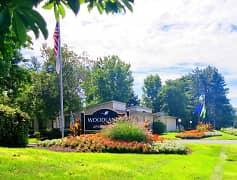 Woodlands - 5354 Deerbrook Lane | Columbus, OH Apartments ...