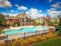 The Glen at Alexander pool