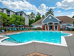 Take a dip in our sparkling swimming pool or lay out on our expansive sundeck.