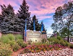 Stone Mountain Apartment Homes Northglenn, CO