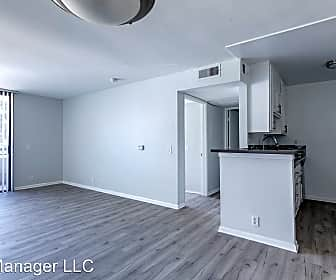 300 W Ave 37, 0