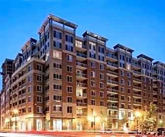 Building, 820 N Pollard St, 0