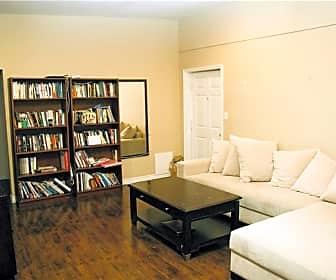 Living Room, 635 W Elm Ave, 0