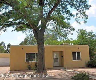 Building, 425 Morningside Dr NE, 0