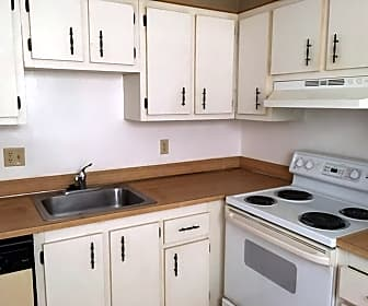Kitchen, 2840 Somerset Dr 106M, 0