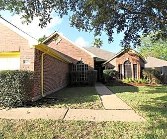 Building, 21214 River Court Dr, 0