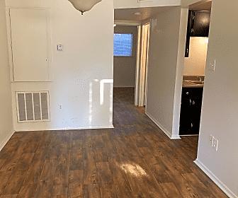 Royal Oaks Apartments (TX), 0