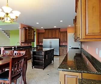 Kitchen, N3045 Lake Forest Cir, 0