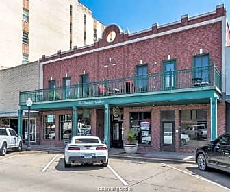 Building, 211 N Main St 22, 0