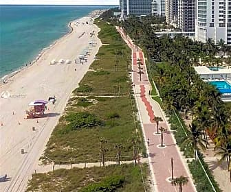 5005 Collins Ave 523, 0