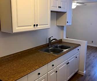 Kitchen, 471 Burlando Rd, 0