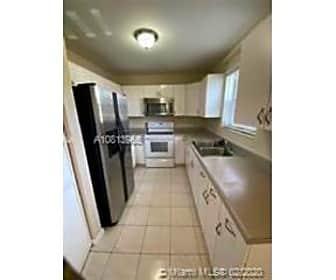 Kitchen, 5606 Polk St, 0