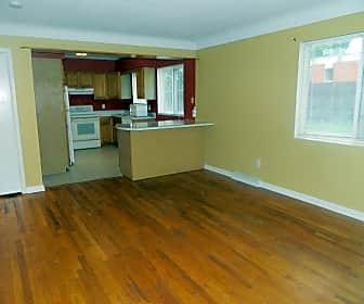 Living Room, 802 SW 3rd St, 0