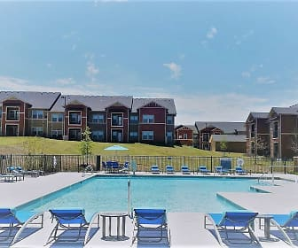 Pool, Boulevard at Lakeside, 0