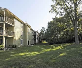 Building, Cobblestone Grove, 0