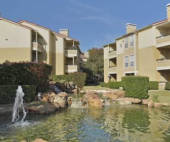 Lake, Summer Bend Apartments, 0