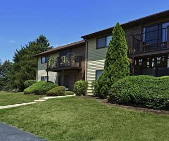 Building, Roxbury Ridge Apartments, 0