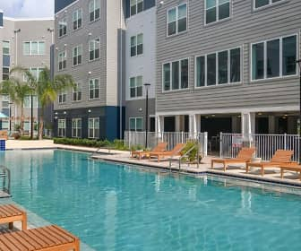 Pool, Halo 46- Per Bed Lease, 0