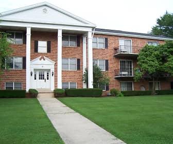 Building, Cedar Run Condominiums, 0