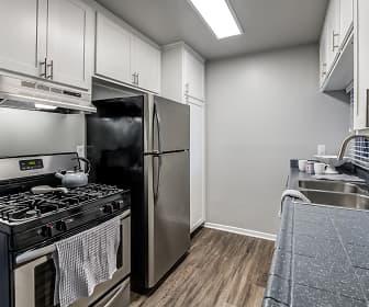 Kitchen, Kendallwood Apartments, 0
