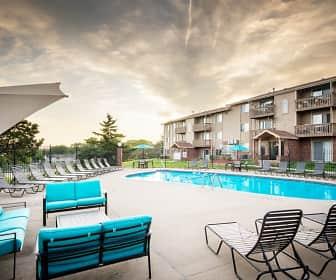 Pool, Glen Oaks by Broadmoor, 0