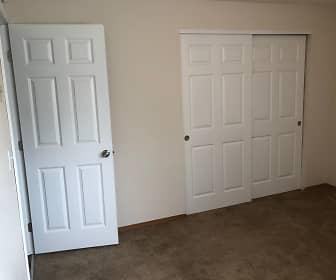Bedroom, Beaver Creek and Beaver Cove Apartments, 0