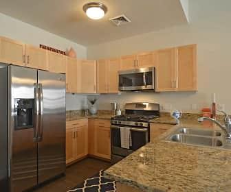 Kitchen, Fairfield Plaza at Farmingdale Village, 0