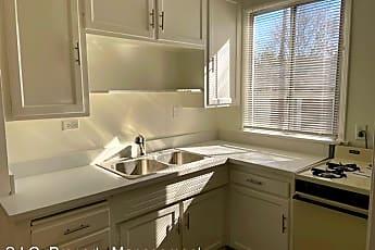 Kitchen, 532 N Rosemary Ln, 1