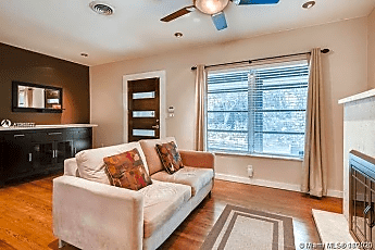 Living Room, 4265 Braganza Ave, 0