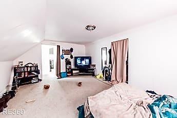 Bedroom, 56 Greenbush St, 2