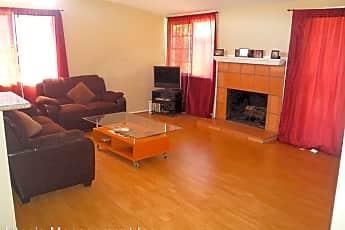 Living Room, 12946 Morene St, 0