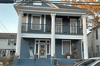 Building, 649 W Elmira St, 0