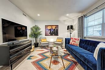 Living Room, 511 NW 29th St, 0