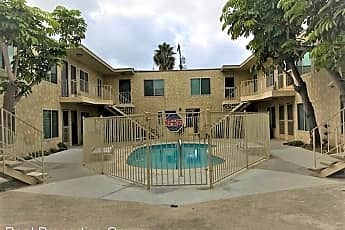 Pool, 4825 Del Mar Ave, 0