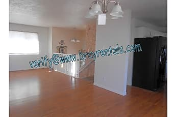 2534 Walnut Ave 3-livingroom-dining.jpg, 2534 Walnut Ave, 1