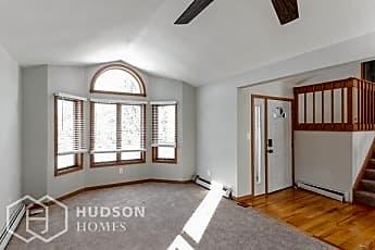 Living Room, 4628 Briarmeadow Rd, 1