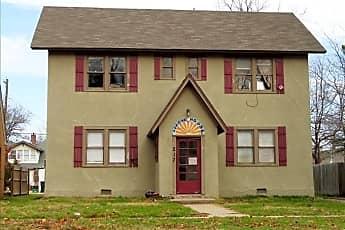Building, 217 W Apache St 2, 0