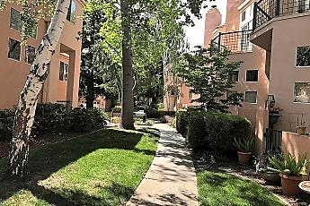 985 Asilomar Terrace, 1